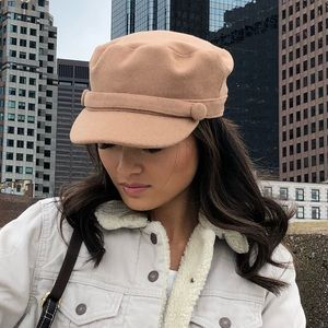 26bc7e7217dab Accessories - WORN ONCE   URBAN OUTFITTERS BAKER BOY HAT